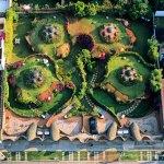 Satelite House Complex in Mexico / Javier Senosiain