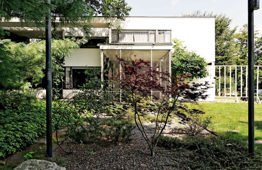 Exterior of the House | Via Luna Archives