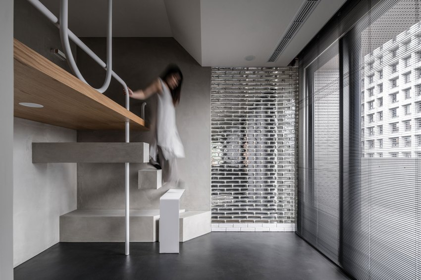 Stairs - Transparency / StudioX4
