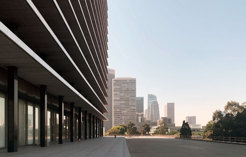 Los Angeles Department of Water and Power's John Ferraro Building / A. C. Martin & Associates