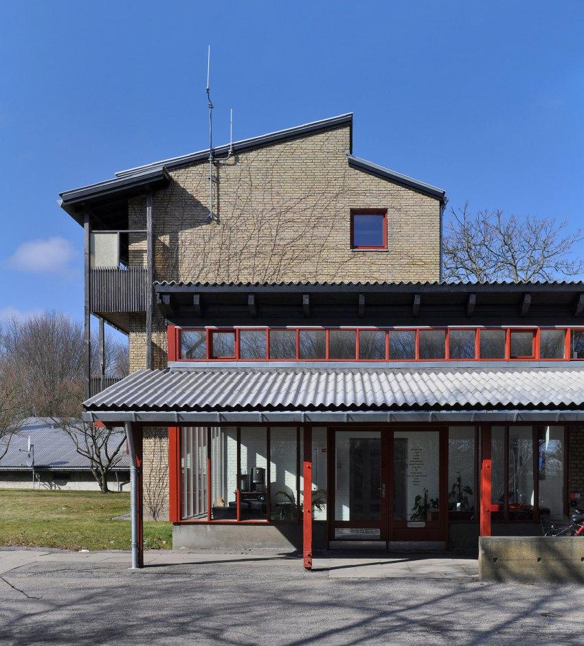 Facade - Ringbo Nursing Home / Hans Christian Hansen