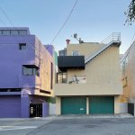 Rear frontal view - Exterior view - Norton House in Venice Beach / Frank Gehry