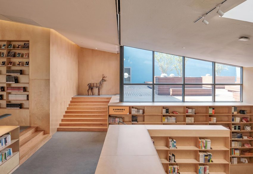 Interior Wood- Pinghe Bibliotheater in Shangai / OPEN Architecture