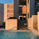 Patio and water feature - Salk Institute for Biological Studies / Louis Kahn