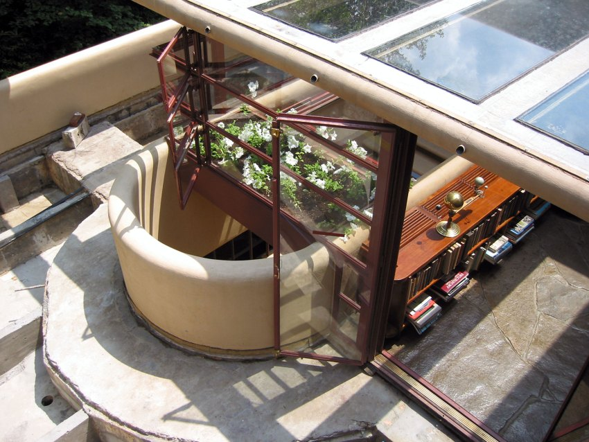 Aerial View of the Fallingwater House by Frank Lloyd Wright / Edgar J. Kaufmann House