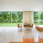 Living Area - The Farnsworth House / Mies van der Rohe