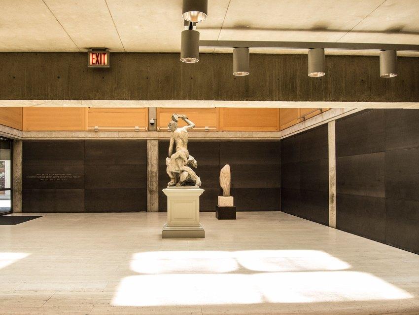 Exhibition space - Yale Center for British Art / Louis Kahn
