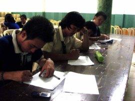 MADE Architcture 2012 - Metrobank - Bakod Bubong Balat - Global Green Architecture - LCC Bacolod, Philippines (5)