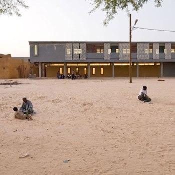 mali-tombouctou-institut-ahmed-baba-par-dhk-architectes-5