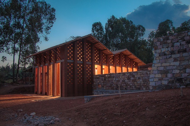 bibliotheque-de-muyinga-par-bc-architects-18