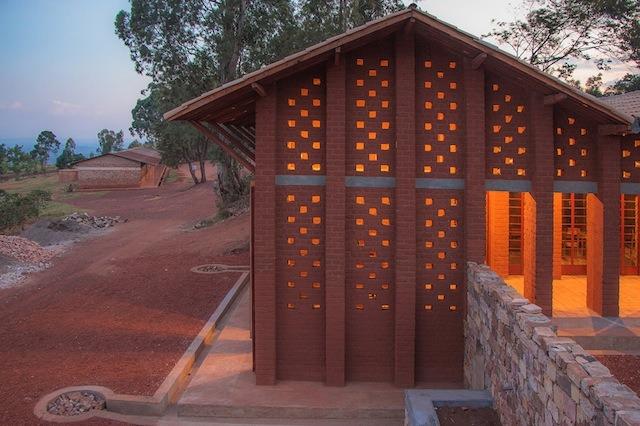 bibliotheque-de-muyinga-par-bc-architects-20