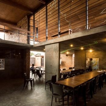 du-japon-a-louganda-des-briques-de-terre-pour-la-residence-universitaire-ashinaga-uganda-par-terrain-architects26