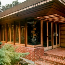 Melvin Maxwell and Sara Stein Smith House, Bloomfield Hills, MI, 1950. Copyright R&R Meghiddo, 1971, All Rights Reserved.