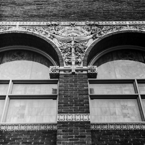 Farmers and Merchants Union Bank, Columbus, WI, 1919. Architect: Louis Sullivan. Photo: R&R Meghiddo.
