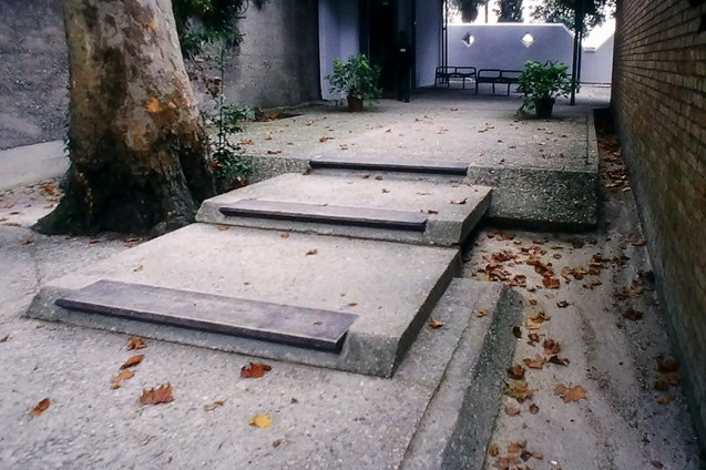 Venice - Biennale Gardens - © R&R Meghiddo, 1996. All Rights Reserved.