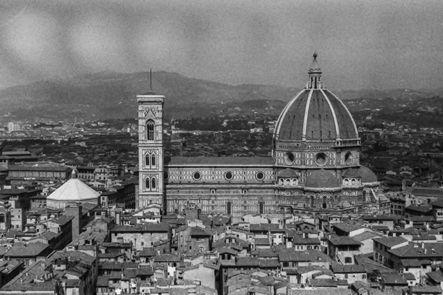 Florence - View of Santa Maria del Fiore - © R&R Meghiddo 1967 – All Rights Reserved