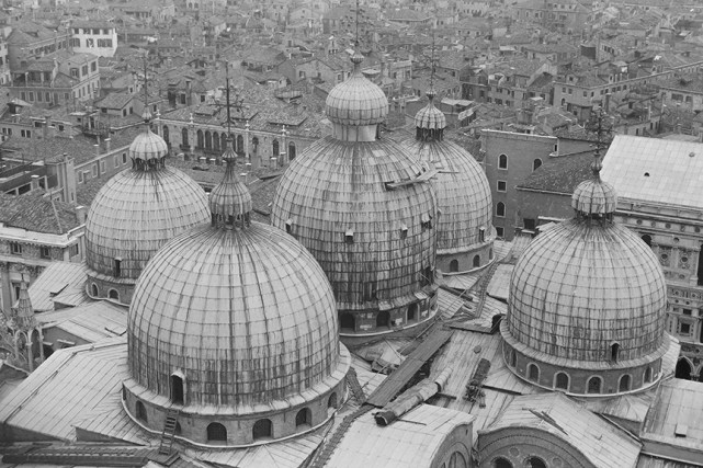 Venice -St Mark's Basilica, 1092 - © R&R Meghiddo 1967 – All Rights Reserved