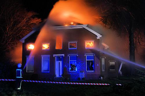 2014-12-25 Boerderijbrand Wedde