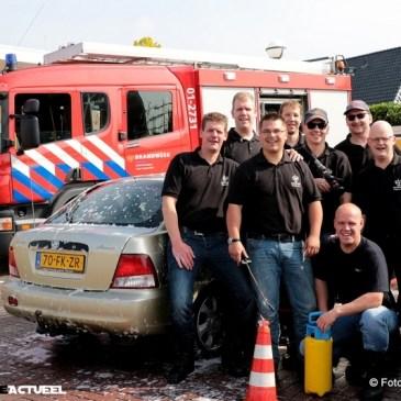 2016-05-21 Auto's wassen voor Samenloop voor Hoop KWF