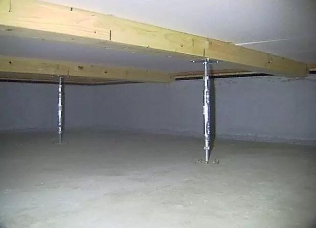 ベタ基礎の床下