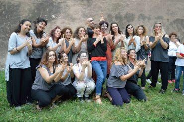 """Laura Santarelli, i personaggi del Musical """"Notre Dame de Paris"""" con Alessandra Amoroso a sostegno della LIS"""