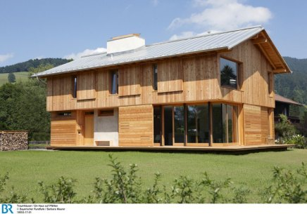 Inspiriert von den traditionellen Fischerhütten der Umgebung und doch erkennbar modern.