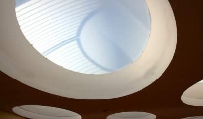 3 Eine Montessori Grundschule in moderner Architektur