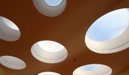 5 Eine Montessori Grundschule in moderner Architektur