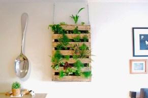 diy-pallet-living-wall01