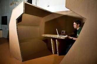xcardboard-office-thinking-outside-the-box.jpeg.pagespeed.ic.iMtRTncZUv