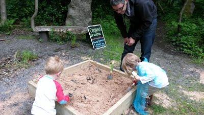 kids excavation
