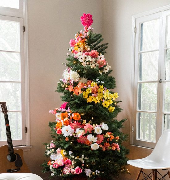 2020 Top 5 Artificial Christmas Trees & 5 Best Ways to Make Them Look Real