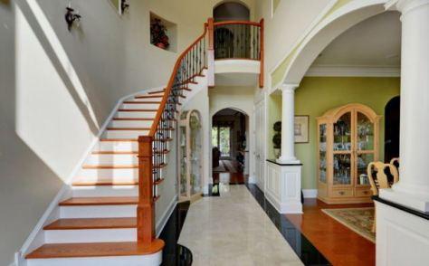 你知道除了開門見樓梯以外的這5個走廊樓梯風水禁忌嗎?【獨立屋/村屋/別墅洋房設計2020】