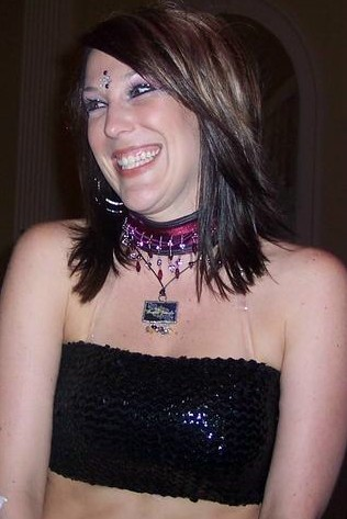 Amanda and her necklace2