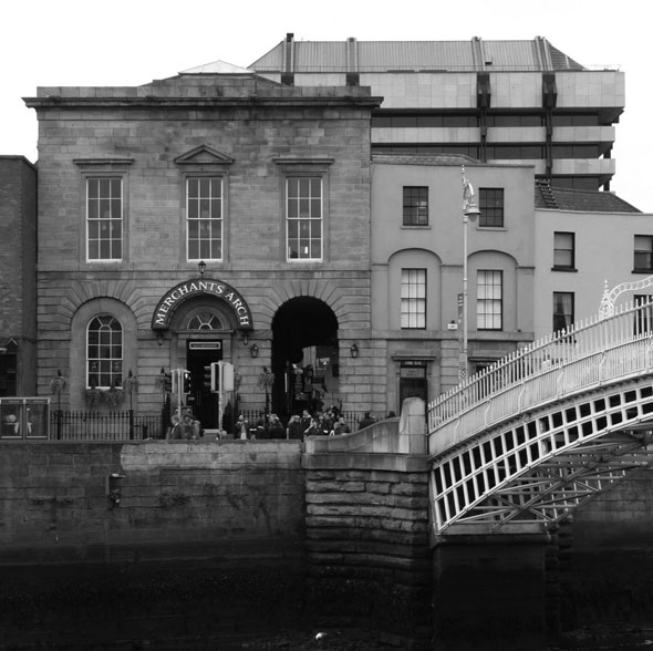 merchants-arch