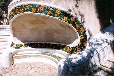 parc_guell_seat_lge