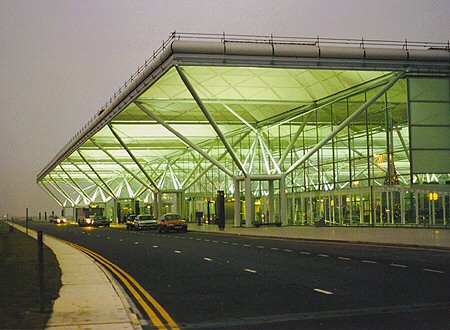 stansted_exterior_lge