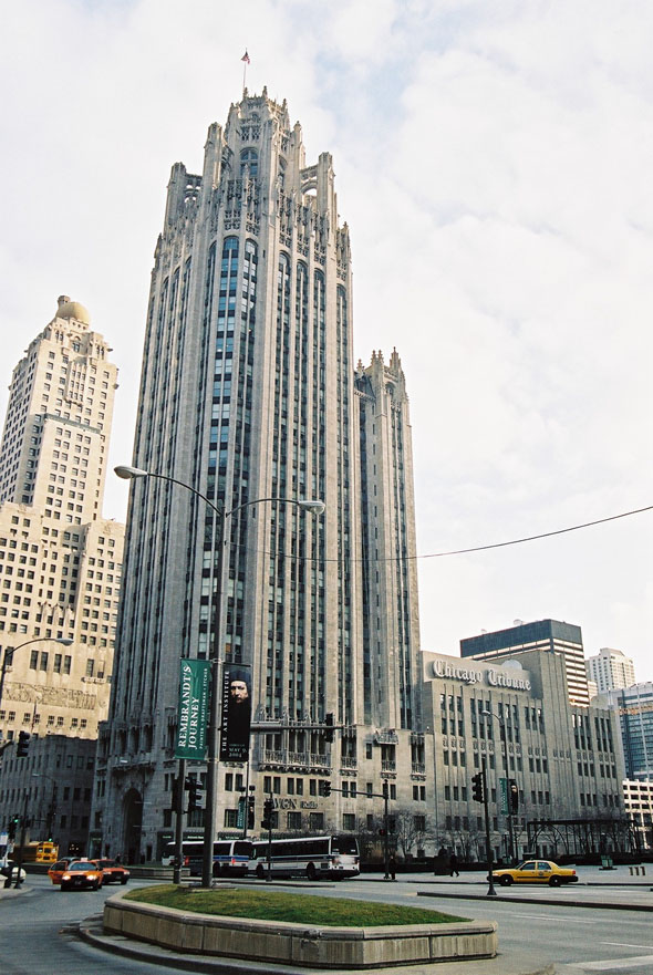 tribune_tower_lge