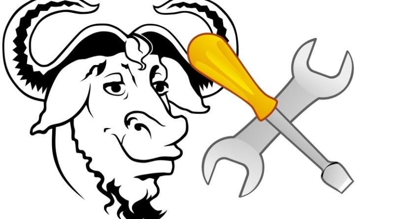 Logo de GNU y herramientas