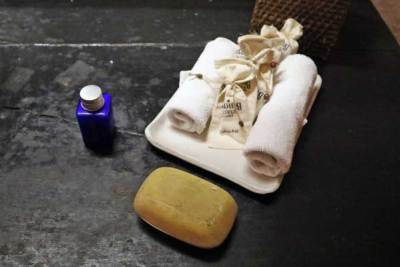 ジェットウィング・ラグーン|デラックスルーム 洗面台のアメニティ