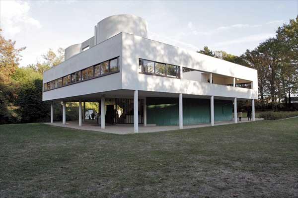 サヴォア邸|ル・コルビュジエ建築|フランス(パリ)