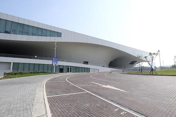 国立高雄芸術センター(衛武営国家芸術文化中心)/高雄(台湾)