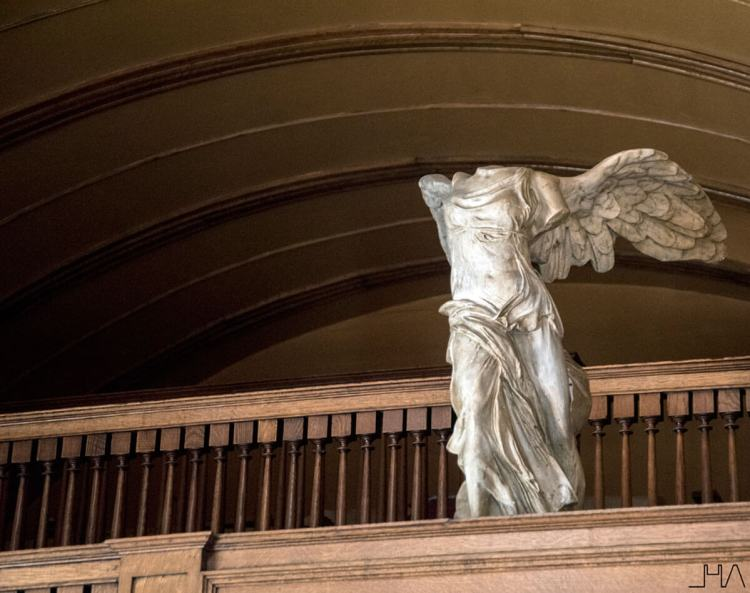 wright-home-studio-winged-victory-of-samothrace