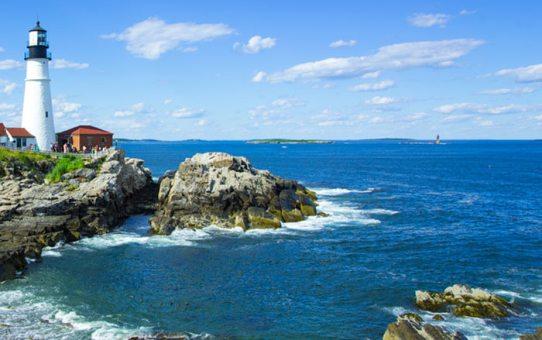 portland-head-lighthouse-sea