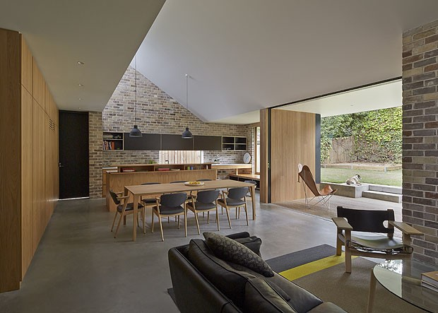 Skylight House By Andrew Burges Architects A Refreshing