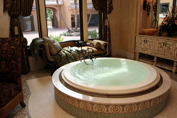 10 Beautiful Bathroom Designs With Round Bathtubs For Real