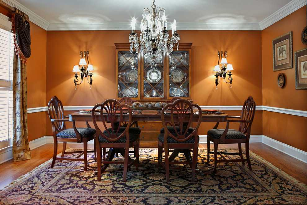Orange Color In Your Dining Room- Why Not?