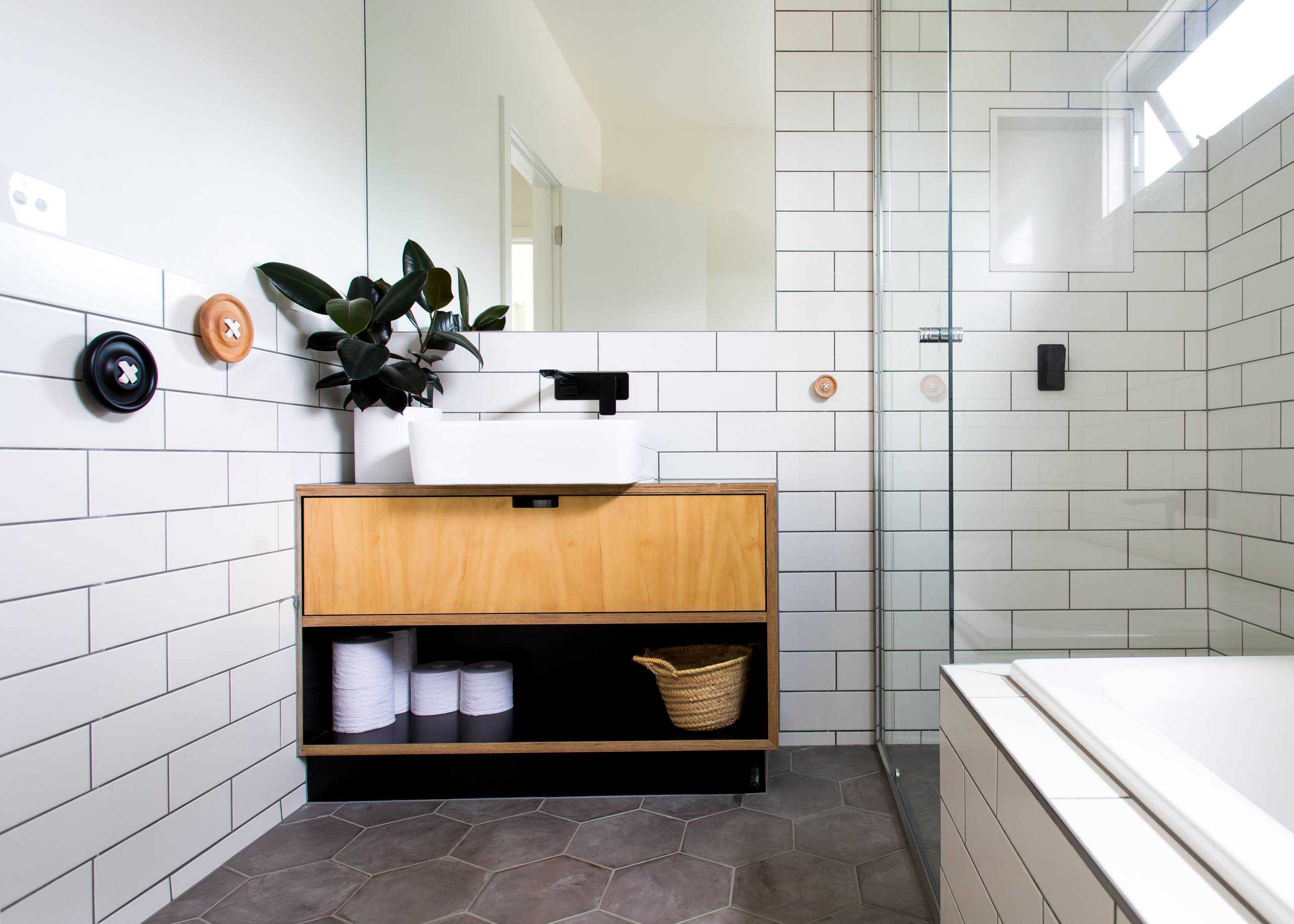15 Stunning Scandinavian Bathroom Designs You're Going To Like