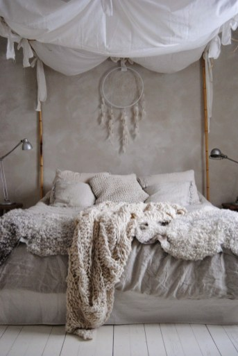 Canopy Bed With Bamboo Sticks, Chunky Cream And Beige Knit Blankets And Cushions
