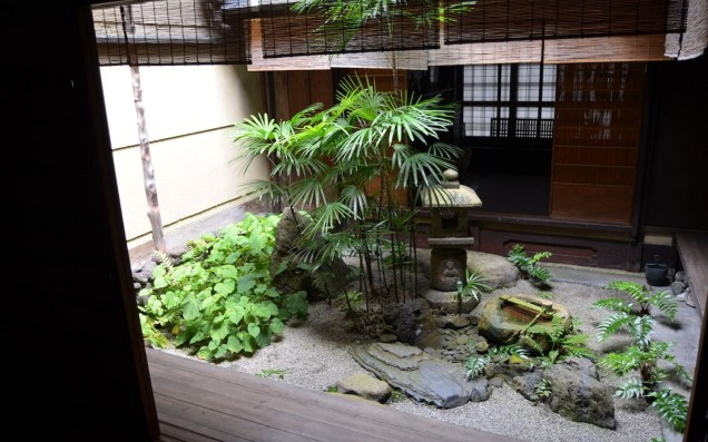 Japanese Oriental Style Garden For Beautiful And Charming Indoor Garden Designs Oriental